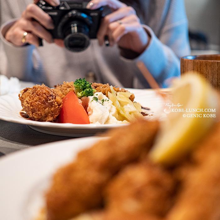洋食クアトロ カキフライ