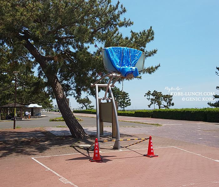 須磨海岸のバスケコート